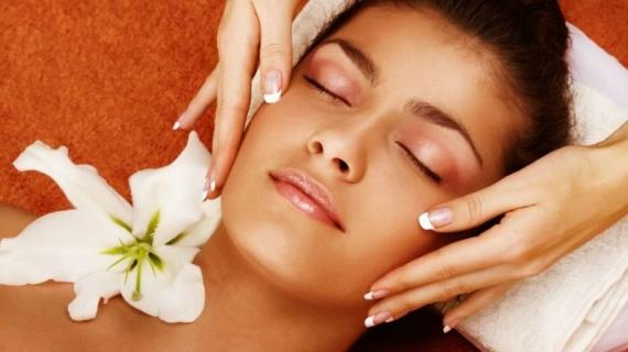 Massaggio_Viso_570_320_c1